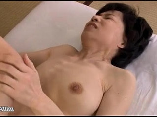 fingering   hairy   mature