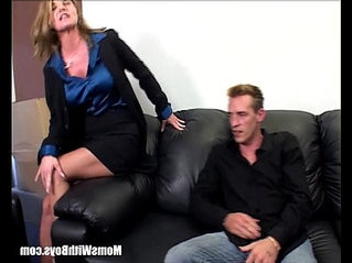 boss  fuck  mom
