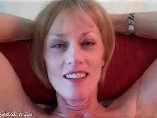 cougar  fuck  mom
