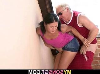 daddy  grandma  wet