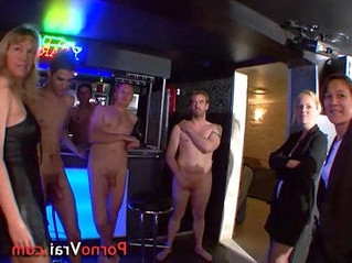amateur   french   orgy