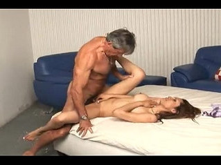 daddy  enjoying  girl